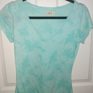 Hollister V neck T-shirt, Small